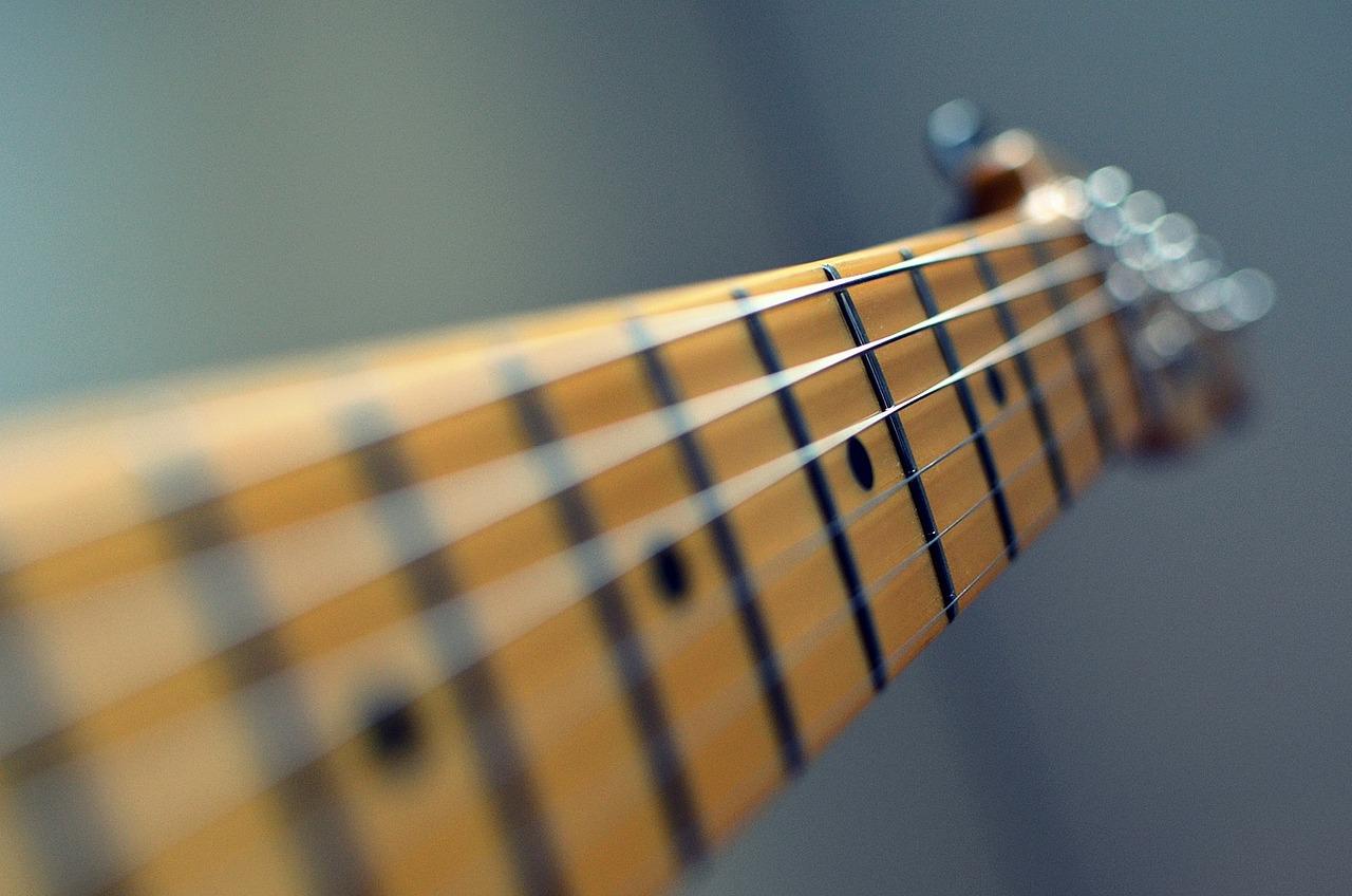 spil guitar